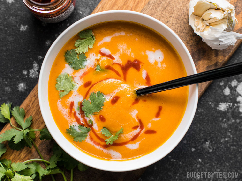 Thai Coconut Curry Carrot Soup